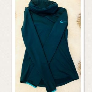 Nike Funnel Neck Pullover